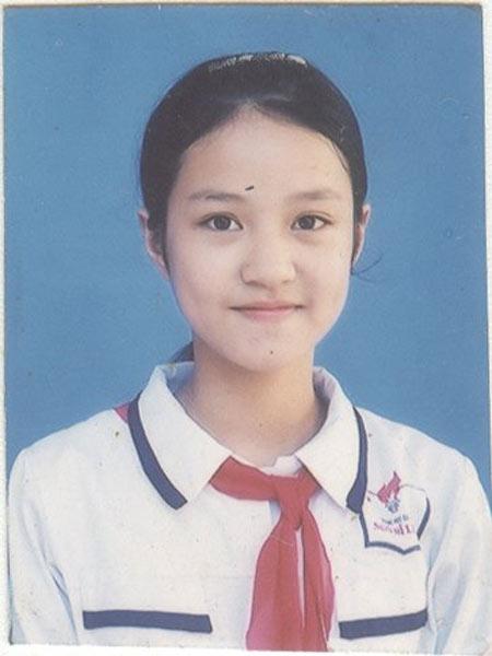 Mi Vân sinh năm 1988.
