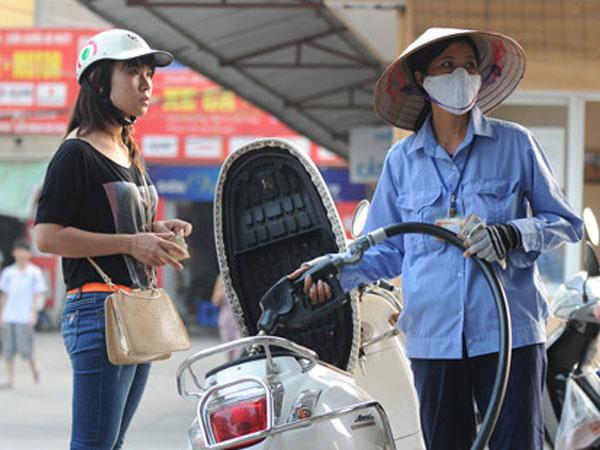 Chủ tịch QH không đồng ý tăng thuế môi trường với xăng lên 8.000 đồng