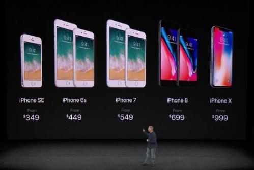 Giữ lại model cũ bằng cách giảm giá khiến cho dải sản phẩm iPhone của Apple rất đa dạng về giá và lựa chọn.