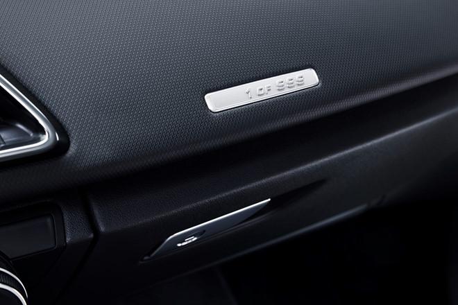 Audi ra mat phien ban dac biet R8 RWS 2018 hinh anh 5