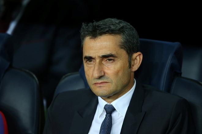 Barca gio la cua rieng Ernesto Valverde hinh anh 1