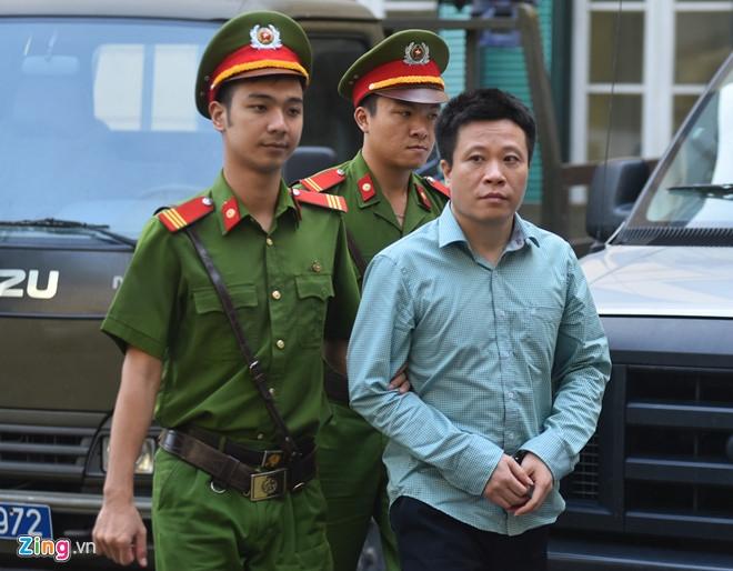 Luat su bat dau go toi tu hinh cho Nguyen Xuan Son hinh anh 2