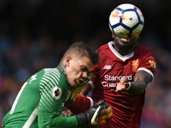 Sadio Mane nói gì sau pha đạp bóng vào mặt của thủ môn Man City?