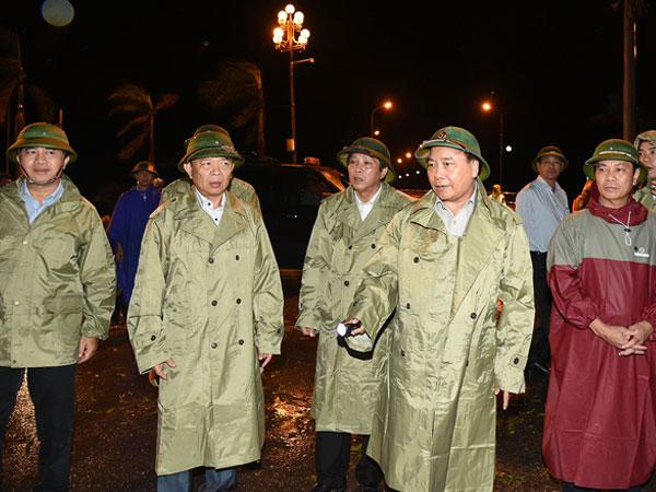 Thủ tướng chỉ đạo khắc phục hậu quả bão tại Quảng Bình