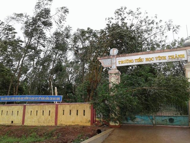 Trường tiểu học Vĩnh Thành (Vĩnh Linh, Quảng Trị) ngổn ngang (Ảnh: Đăng Đức)