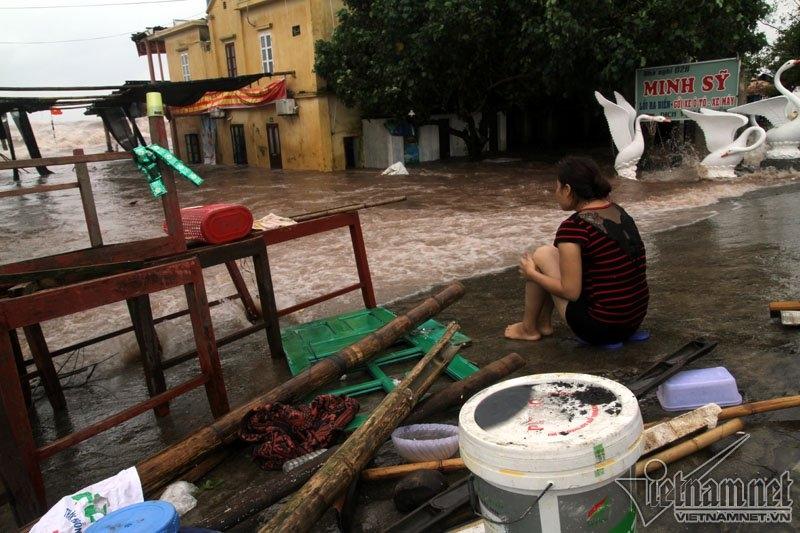 Bão số 10, Tin bão, Tin bão số 10, Cơn bão số 10, tin bão mới nhất, Bão Doksuri, Đồ Sơn, Nam Định, triều cường