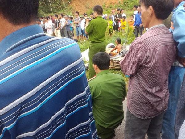 Hai người ở Nghệ An bị điện giật chết sau cơn bão số 10