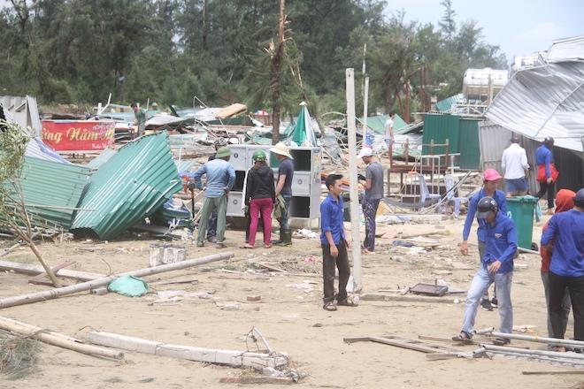 Thủ tướng chỉ đạo Nghệ An phối hợp lực lượng giúp dân để cuộc sống trở lại bình yên sau bão - Ảnh 5.
