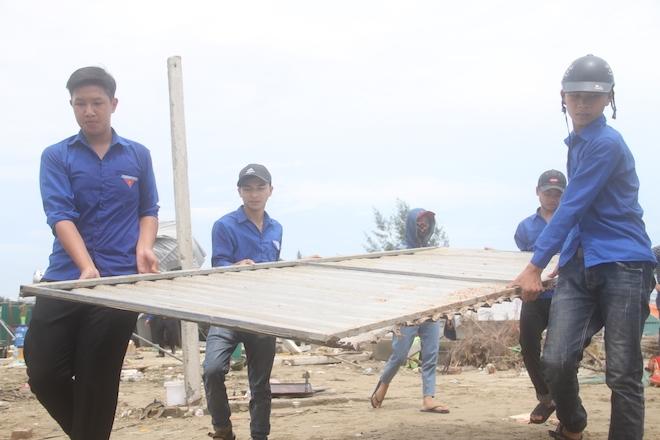 Thủ tướng chỉ đạo Nghệ An phối hợp lực lượng giúp dân để cuộc sống trở lại bình yên sau bão - Ảnh 6.