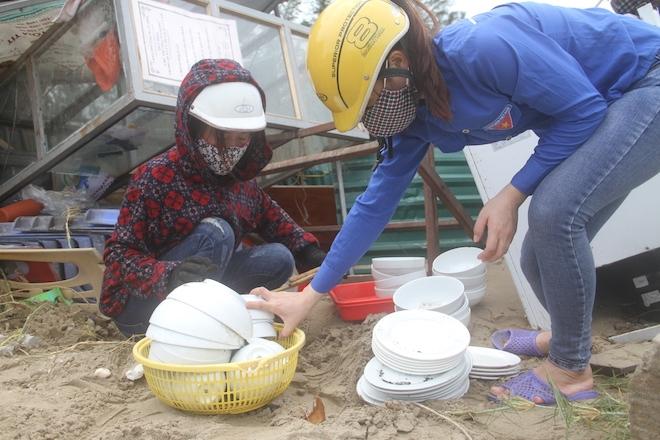 Thủ tướng chỉ đạo Nghệ An phối hợp lực lượng giúp dân để cuộc sống trở lại bình yên sau bão - Ảnh 8.