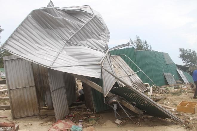 Thủ tướng chỉ đạo Nghệ An phối hợp lực lượng giúp dân để cuộc sống trở lại bình yên sau bão - Ảnh 9.