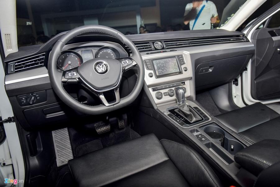Volkswagen Passat phien ban moi canh tranh Camry, Mazda6 tai Viet Nam hinh anh 7