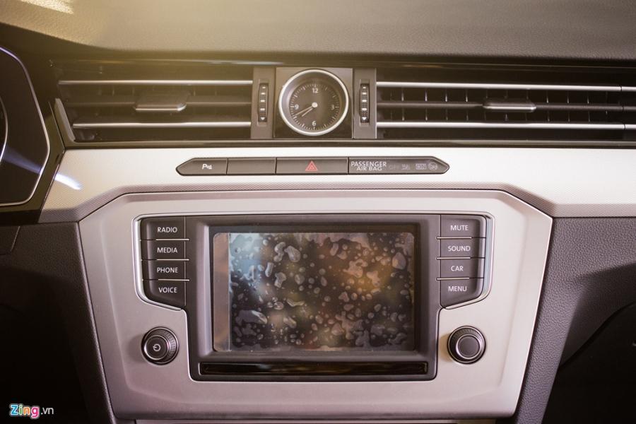 Volkswagen Passat phien ban moi canh tranh Camry, Mazda6 tai Viet Nam hinh anh 9