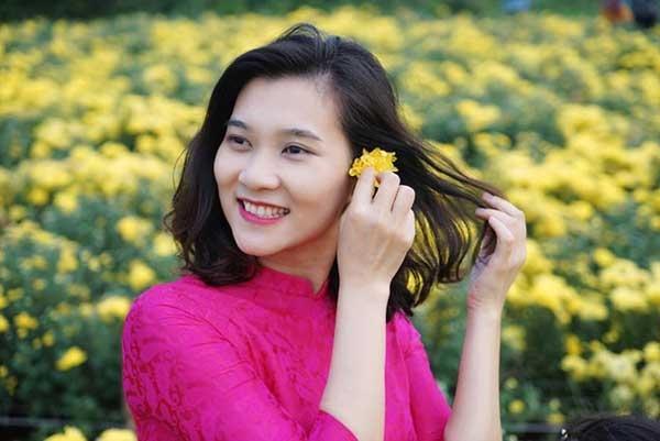BTV Thu Hà, BTV Khánh Trang, BTV Hoài Anh