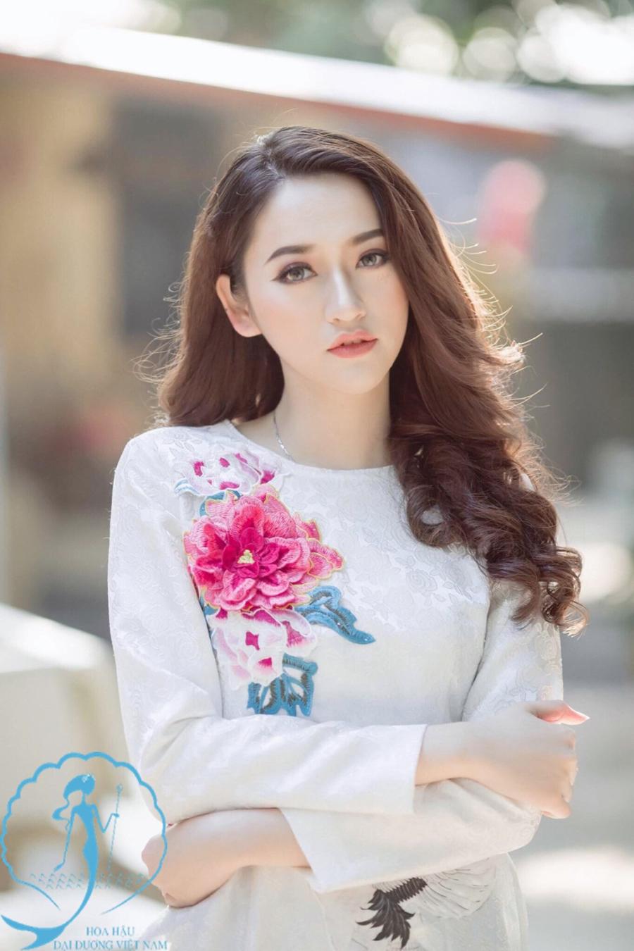 Nhan sac top 10 thi sinh vong online cuoc thi Hoa hau Dai duong 2017 hinh anh 7