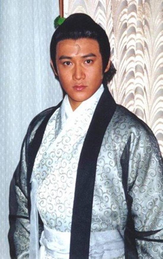 3 tài tử từng vào vai Bao Thanh Thiên thời trẻ: Người viên mãn, kẻ trắng tay - Ảnh 5.