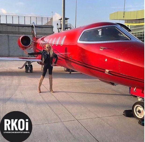 Các tiểu thư, công tử giàu có Thổ Nhĩ Kỳ phô bày cuộc sống giàu có trên Instagram khiến người xem choáng ngợp - Ảnh 2.