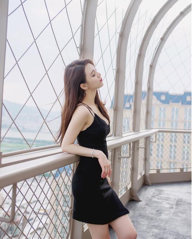 Cô bạn Trung Quốc mặt xinh, dáng đẹp, người gì đâu đáng yêu hết phần người khác - Ảnh 4.