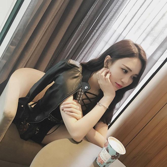 Cô bạn Trung Quốc mặt xinh, dáng đẹp, người gì đâu đáng yêu hết phần người khác - Ảnh 8.