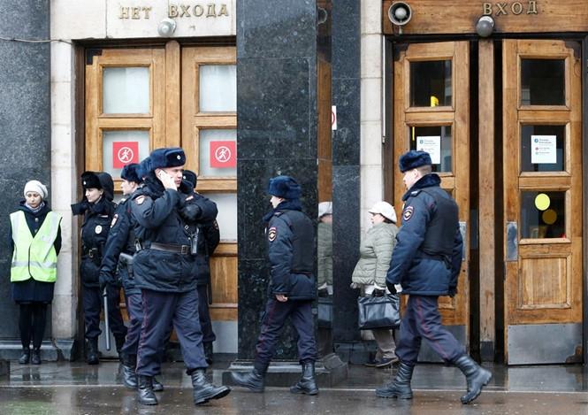Cảnh sát Nga trong một đợt tuần tra ở Moscow /// Reuters