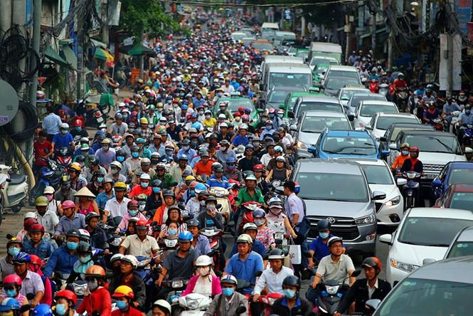 71,6% các vụ TNGT xảy ra là do ý thức của người tham gia giao thông /// Ảnh: Ngọc Dương