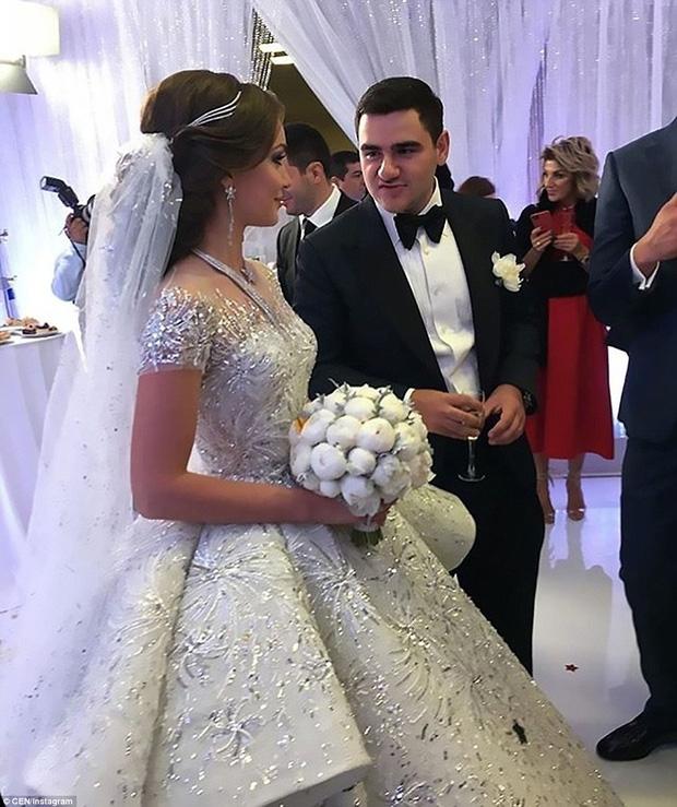 Đám cưới xa hoa của con trai ông trùm bất động sản Nga cùng cô dâu xinh đẹp như công chúa trong truyện cổ tích - Ảnh 2.
