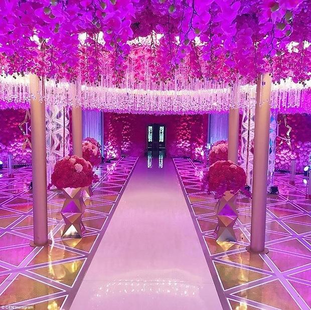 Đám cưới xa hoa của con trai ông trùm bất động sản Nga cùng cô dâu xinh đẹp như công chúa trong truyện cổ tích - Ảnh 7.