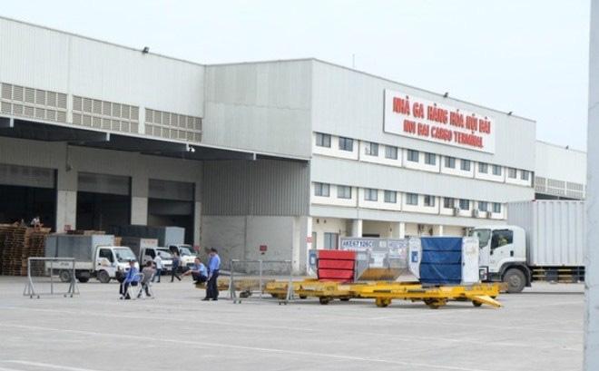 Lái xe đầu kéo đâm tử vong nữ nhân viên tại sân bay Nội Bài