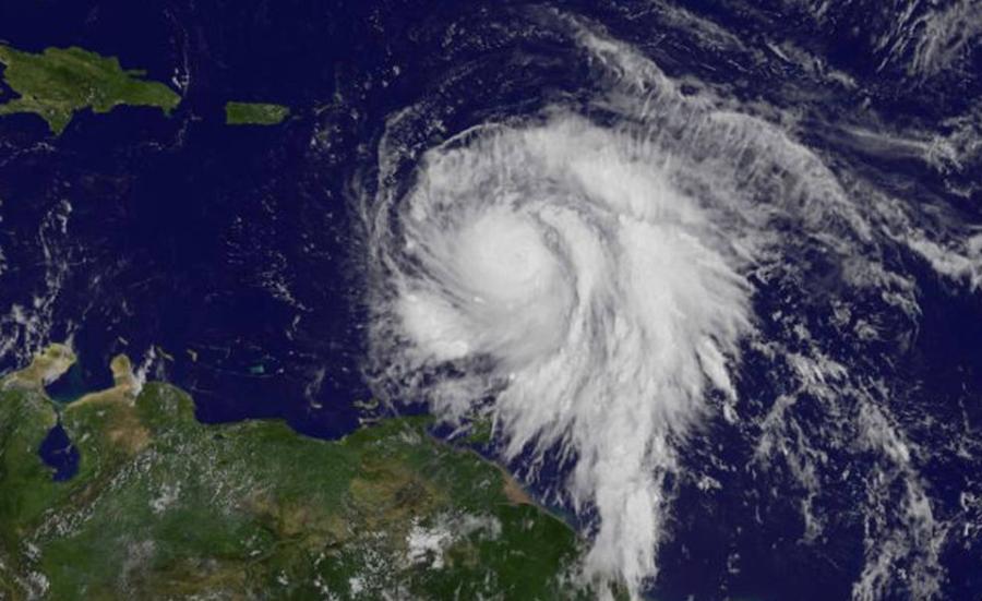 Sieu bao Maria do bo cap 5, Dominica bi tan pha nghiem trong hinh anh 1