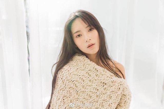 Tuy còn rất trẻ nhưng Trương Hiểu Duy đã sở hữu cho mình một vài bộ phim điện ảnh và truyền hình nhỏ, từ đó có một lượng người hâm mộ nhất định. Năm 2016 cô đóng vai nữ chính trong bộ phim hài kinh dị Suy quỷ nhớ.