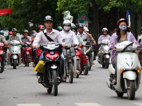 Sử dụng xe máy tay ga cần tuyệt đối tránh những sai lầm này kẻo có ngày bỏ mạng
