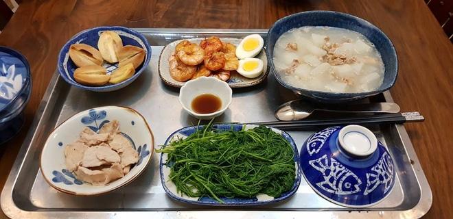 Bà mẹ chồng quốc dân ngày nấu đủ 3 bữa, mỗi bữa một thực đơn ngon lành đẹp mắt cho con dâu ở cữ - Ảnh 10.