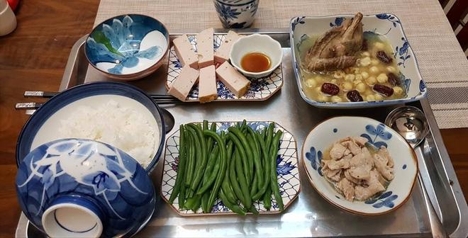 Bà mẹ chồng quốc dân ngày nấu đủ 3 bữa, mỗi bữa một thực đơn ngon lành đẹp mắt cho con dâu ở cữ - Ảnh 12.