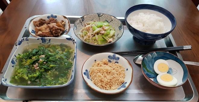 Bà mẹ chồng quốc dân ngày nấu đủ 3 bữa, mỗi bữa một thực đơn ngon lành đẹp mắt cho con dâu ở cữ - Ảnh 20.