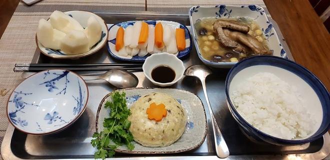 Bà mẹ chồng quốc dân ngày nấu đủ 3 bữa, mỗi bữa một thực đơn ngon lành đẹp mắt cho con dâu ở cữ - Ảnh 21.