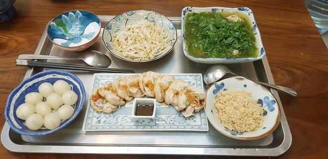 Bà mẹ chồng quốc dân ngày nấu đủ 3 bữa, mỗi bữa một thực đơn ngon lành đẹp mắt cho con dâu ở cữ - Ảnh 22.