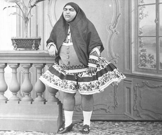 Đây là nhan sắc người vợ xinh đẹp nhất trong hậu cung gần 100 người của vua Ba Tư - Ảnh 2.
