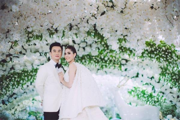 Không riêng đám cưới với hồi môn 69 tỷ, cách tỷ phú trẻ này đối xử với vợ cũng khiến nhiều người phát ghen - Ảnh 13.
