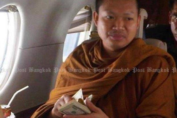 Nhà sư ăn chơi nhất Thái Lan hầu tòa vì cáo buộc hiếp dâm - 1