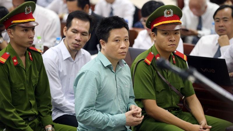 Hà Văn Thắm, Oceanbank, Ngân hàng Đại Dương, PVN, Nguyễn Xuân Sơn,