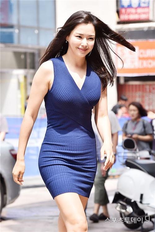 Top Hoa hậu Hàn Quốc huyền thoại: Người trở thành nữ đại gia showbiz, kẻ tuột dốc thảm hại vì thẩm mỹ - Ảnh 21.