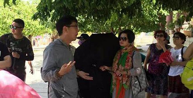 Hàng loạt người Trung Quốc bị tố hướng dẫn chui, thông tin sai sự thật về VN tại Đà Nẵng - Ảnh 3.