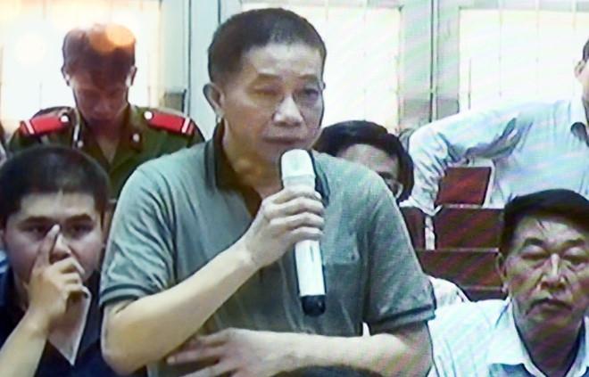 Phien xu Ha Van Tham bat ngo dung sau 5 phut bat dau hinh anh 1