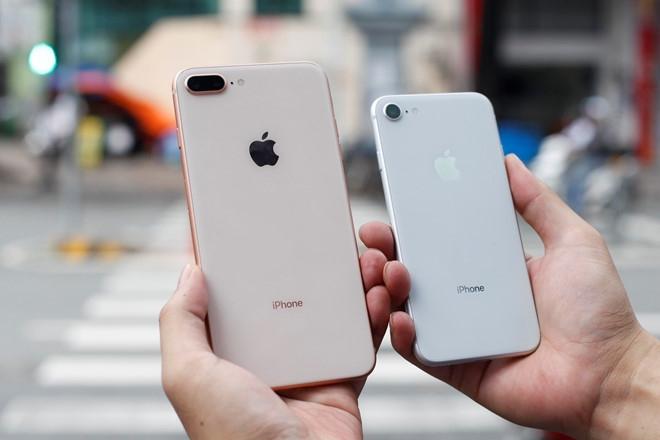 Vi sao iPhone 8 xach tay khong bi 'lam gia'? hinh anh 1