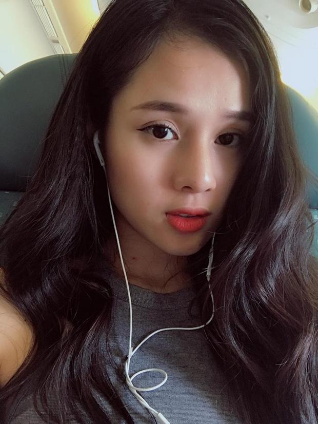 Nhan sắc đời thường của 10 cô gái đầu tiên lọt vào Bán kết Hoa hậu Hoàn vũ Việt Nam 2017 như thế nào? - Ảnh 11.
