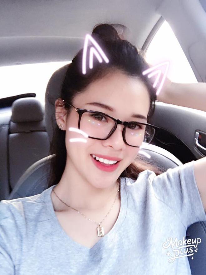 """Nhan sắc đời thường của 10 cô gái đầu tiên lọt vào Bán kết """"Hoa hậu Hoàn vũ Việt Nam 2017"""" như thế nào? - Ảnh 13."""