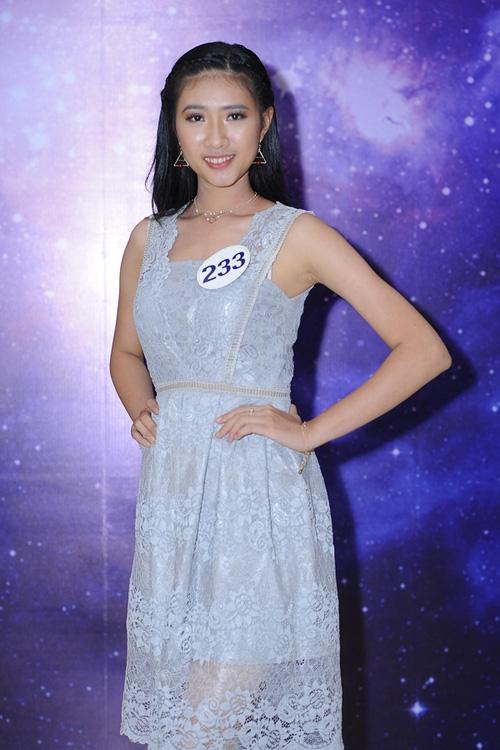 Nhan sắc đời thường của 10 cô gái đầu tiên lọt vào Bán kết Hoa hậu Hoàn vũ Việt Nam 2017 như thế nào? - Ảnh 21.