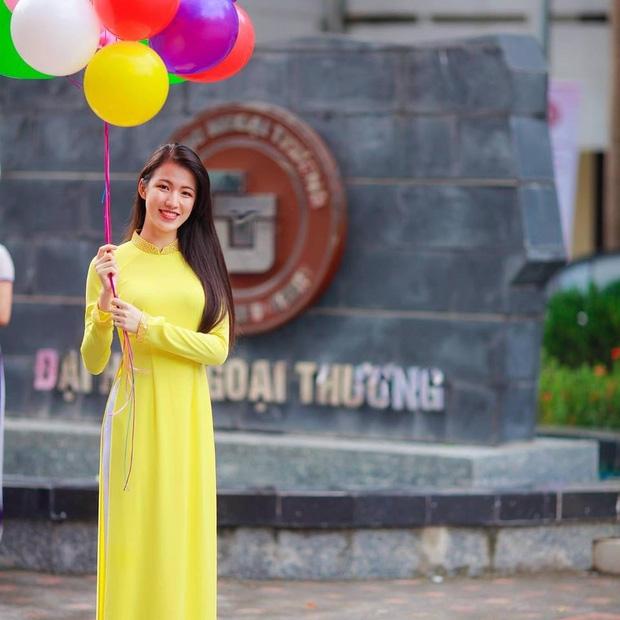 Nhan sắc đời thường của 10 cô gái đầu tiên lọt vào Bán kết Hoa hậu Hoàn vũ Việt Nam 2017 như thế nào? - Ảnh 25.