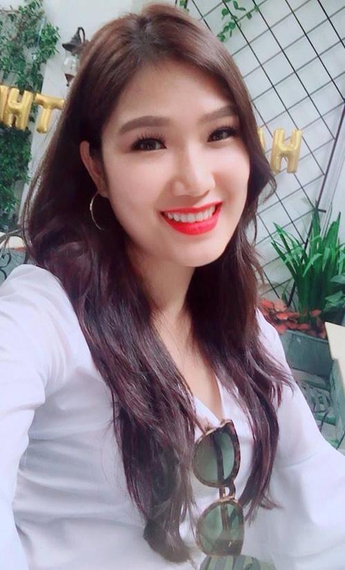 Nhan sắc đời thường của 10 cô gái đầu tiên lọt vào Bán kết Hoa hậu Hoàn vũ Việt Nam 2017 như thế nào? - Ảnh 28.