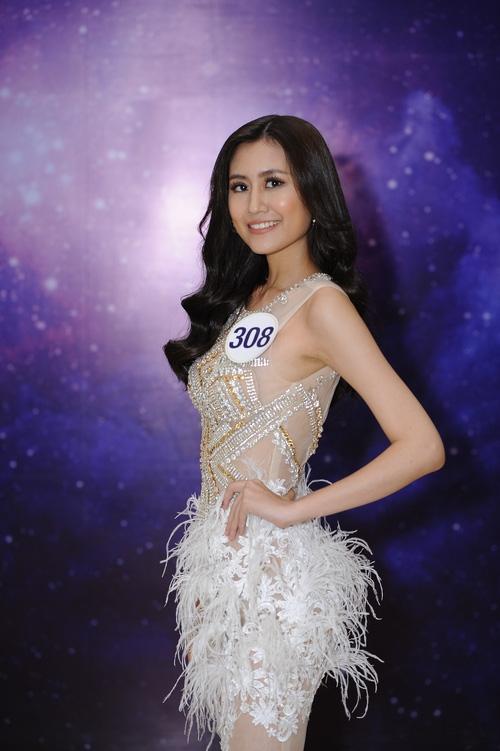 Nhan sắc đời thường của 10 cô gái đầu tiên lọt vào Bán kết Hoa hậu Hoàn vũ Việt Nam 2017 như thế nào? - Ảnh 31.